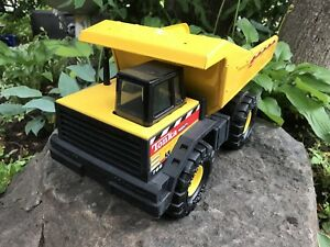 Tonka Dump Truck  -  excellent gift giving condition