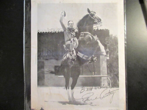 1939 GENE AUTRY  REPUBLIC WESTERN STUDIO PHOTO