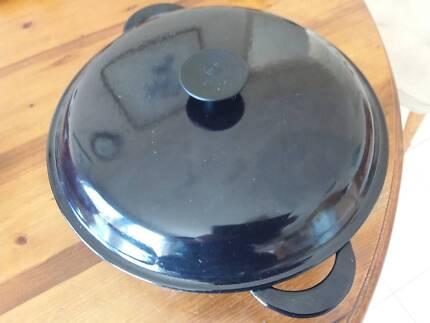 Le Creuset Kitchenware Various