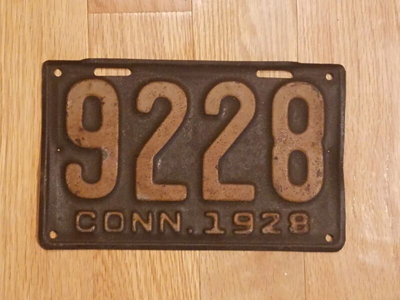 Antique 1928 Connecticut Metal License Plate Number 9228 NICE Displays well