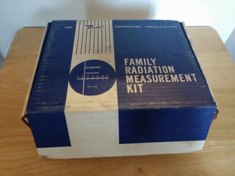 Bendix Corp~Family Radiation Measuement Kit~Model 906-1~Original Box~Untested