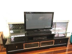 Entertainment unit Townsville Townsville City Preview
