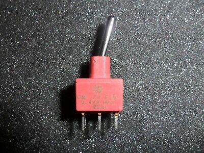 E201sd1cke Toggle Switch Dpdt 0.4va 20v Pc Mount Lot Of 1