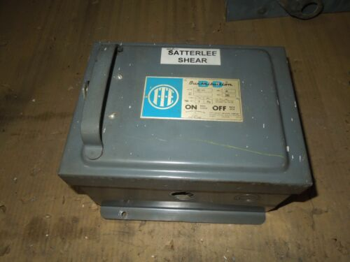 Ite Bp321 30a 3ph 3w 240v Fusible Cover Operated Bus Plug Used E-ok