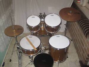 5 pce Yamaha Stage Custom All Birch Drum Kit w/Paiste Cymbals-VGC Coburg Moreland Area Preview