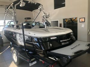 MasterCaft X2 wake board Boat show special all extras + camera