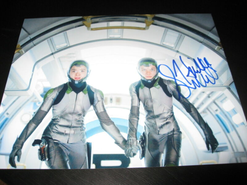 HAILEE STEINFELD SIGNED AUTOGRAPH 8x10 PHOTO ENDERS GAME PROMO IN PERSON COA D