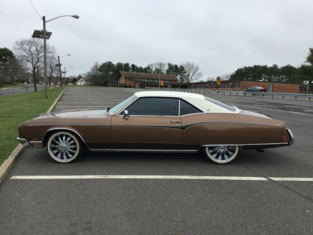 Image 1 of Buick: Riviera Brown…