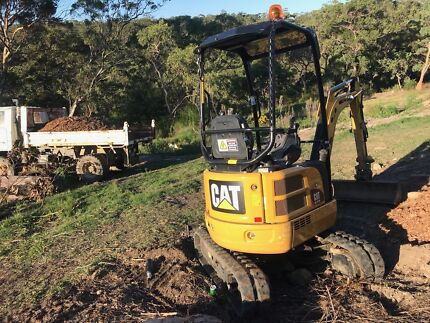 EXCAVATOR HIRE 1.7T with Trailer $199 CREDIT CARD ACCEPTED