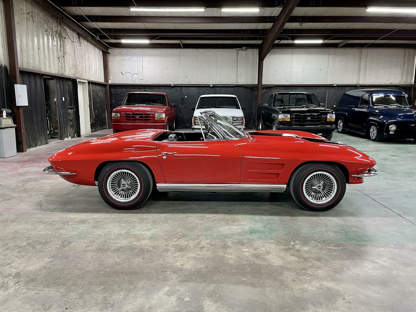 1964 Red Chevrolet Corvette   | C2 Corvette Photo 6