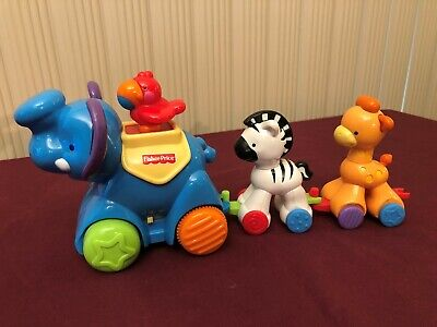 Fisher-Price Amazing Animals Misc Animal Train and Push Cars