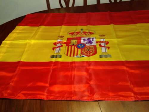 National Flag of Spain with Coat of Arms Gently Used 37x56
