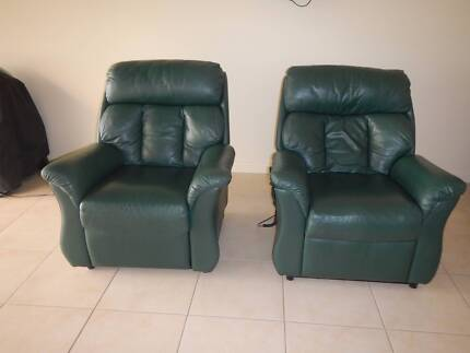 ELECTRIC LEATHER ARMCHAIRS X 2