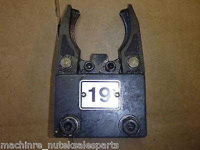 Mazak Vqc 3050b Cat 40 Atc Automatic Tool Changer Tool Pod Pot Gripper Holder