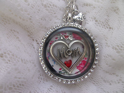 I  Love  You  Mom    Floating  Round  Locket    With 5  Charms     You Add Photo