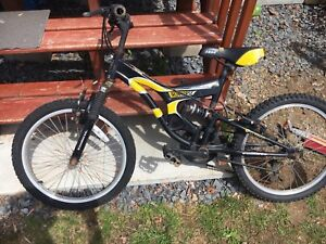 Iron horse kids mountain bike with front and back shocks