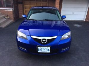 2009 Mazda3 $3200 nice blue on black no work needed no accident