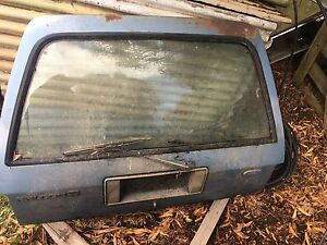 XD ford tailgate with rubbers and key Enfield Golden Plains Preview