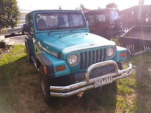 1998 jeep wrangler convertible Wandana Heights Geelong City Preview