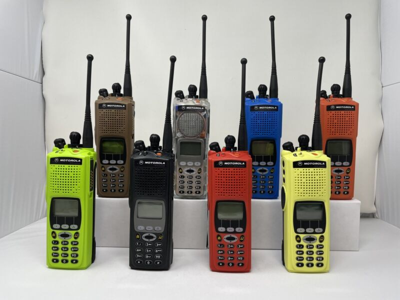 One Motorola XTS5000 Model III M3 UHF R1 380-470MHz H18QDH9PW7AN Tuned & Aligned