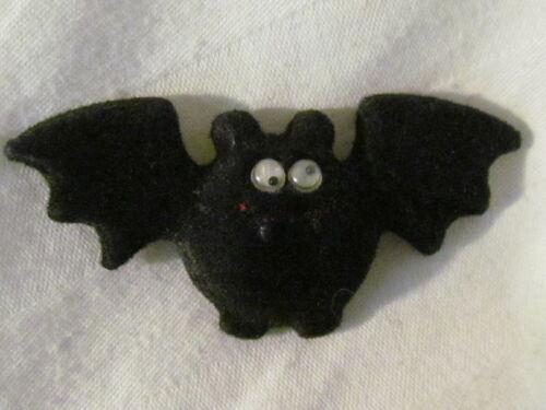 Vintage Hallmark Black Felt Bat with Googly Eyes Halloween Pin CUTE!