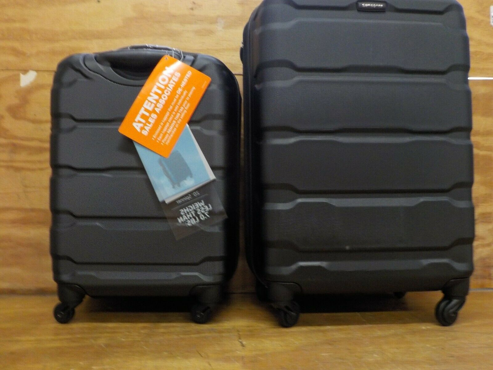 Samsonite Omni Expandable Hardside Luggage with Spinner Whee