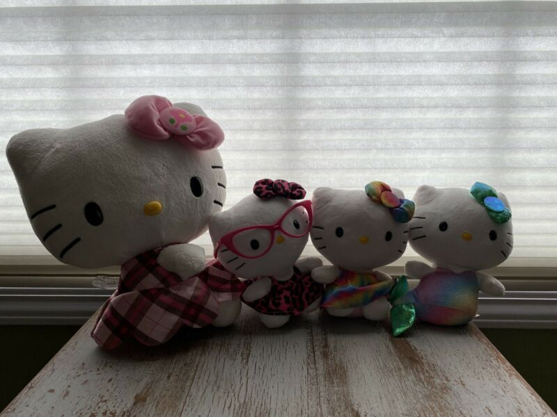 Hello Kitty Plush Stuffed Animal Lot of 4 ~ 11 in. 7 in.