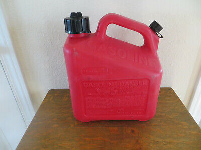 Rubbermaid Gott 1 Gallon 4oz Vented Gas Fuel Can With Spout 1211 Usa