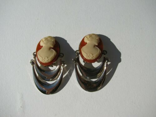 VINTAGE CELLULOID CAMEO SILVER METAL MIXED MATERIALS ARTICULATED CLIP EARRINGS