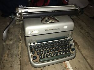 Machine à écrire De COLLECTION REMINGTON Rand Gris Ruban Neuf TYPEWRITER TBE
