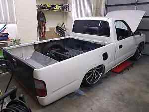 Rear window for hilux 97-01 . Undamaged Glenwood Blacktown Area Preview