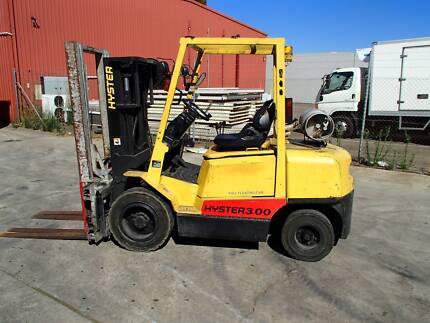 Hyster 3.0T Forklift Container Mast