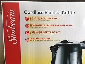 Brand New Electric Cordless Kettles 1.7 Litres (360 Swivel Base)