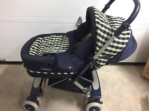 Poussette/ Baby Carriage