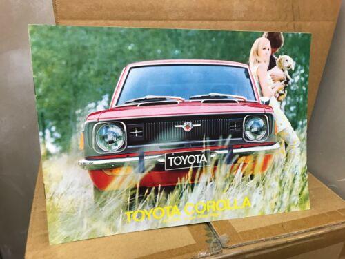 Toyota Corolla 1971 72 SEDAN BROCHURE CATALOG FRENCH ORIGINAL VINTAGE DEALER