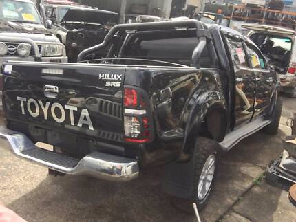 2012 Toyota Hilux Duel Cab Manual NOW DISMANTLING STOCKA1509