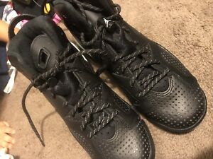 Black cat 6s men / woman shoe