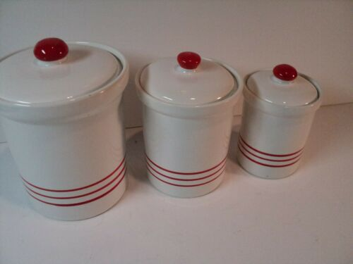 Vintage, Set of 3 ceramic Canisters, Made in Italy. Nice