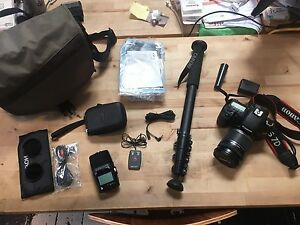 Canon 7D with Lens and Zoom Recorder with extras West Leederville Cambridge Area Preview