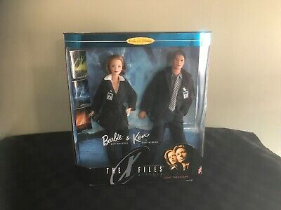 1998 Collector Edition Barbie Ken Doll X Files Gift Set Mattel 19630 Scully