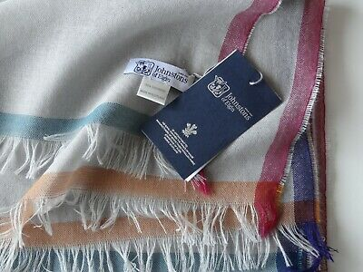 Johnstons of Elgin Lightweight Cashmere Stole. Made in Scotland