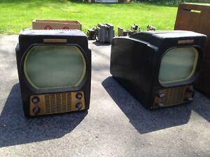 Antique Radios and TV's