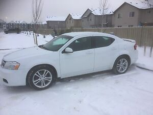 2012 Dodge Avenger SXT lady owned and driven!
