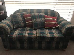 2 seater sofa Maryland Newcastle Area Preview