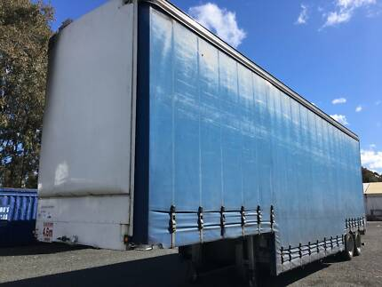 Freighter ST2 Double Drop Deck Curtainsider/Tautliner Trailer