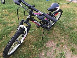 "Girls 20"" 5 speed supercycle"