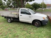 2005 hilux workmate Canley Heights Fairfield Area Preview