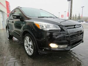 2016 Ford Escape Titanium* Navi, Leather, Sunroof, AWD*