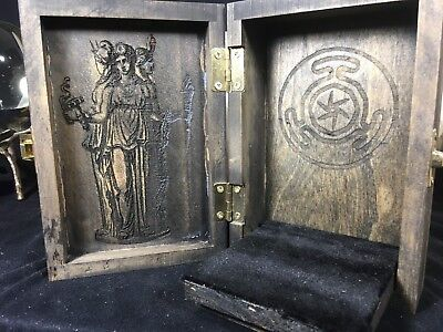 Hekate Portable Travel Altar Box