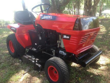 Rover Rancher ride on lawn mower auto drive 12.5HP.